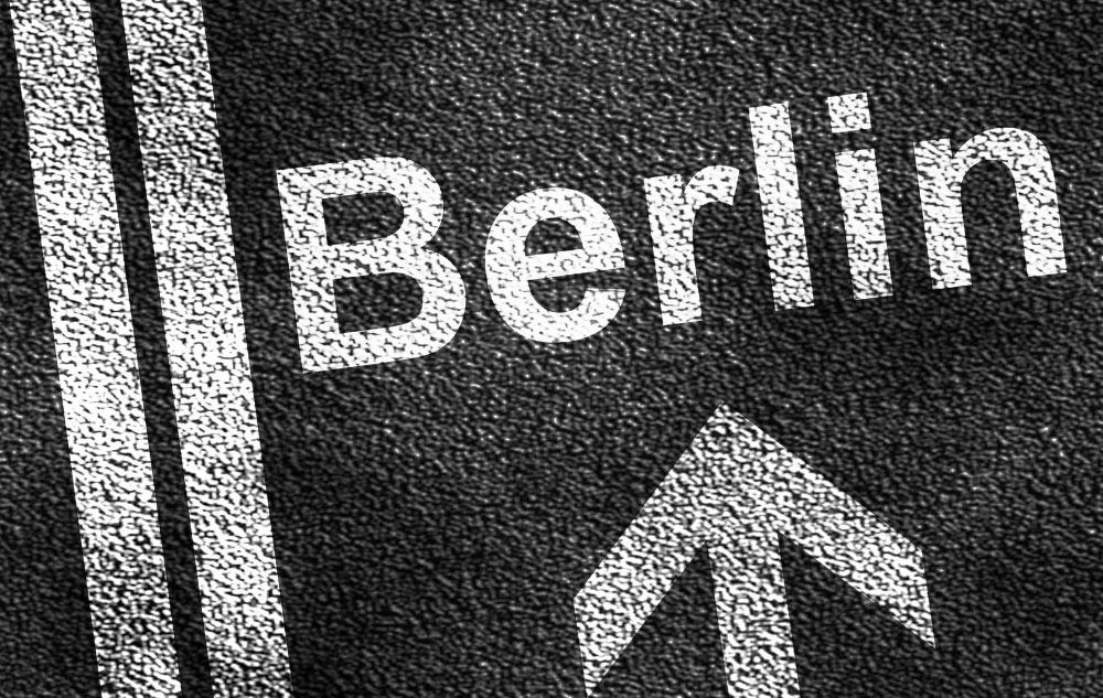 dialog-2015 - Tag der Fragen an die Bundespolitik in Berlin