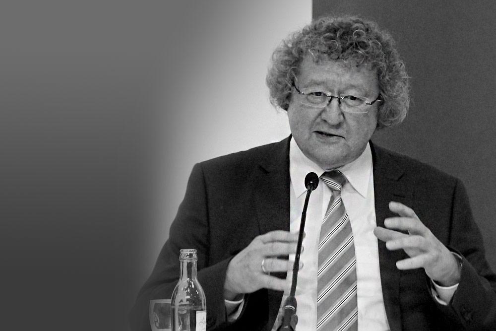 Prof. Dr. Werner J. Patzelt - Institut für Politikwissenschaft Technische Universität Dresden